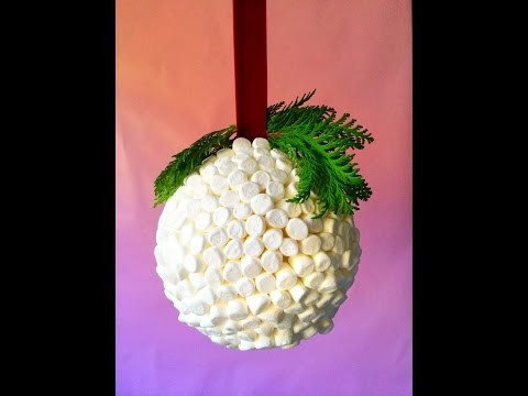 DIY: Marshmallow Kissing Ball