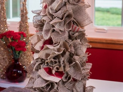 Burlap is the Key to This Alternative DIY Christmas Tree
