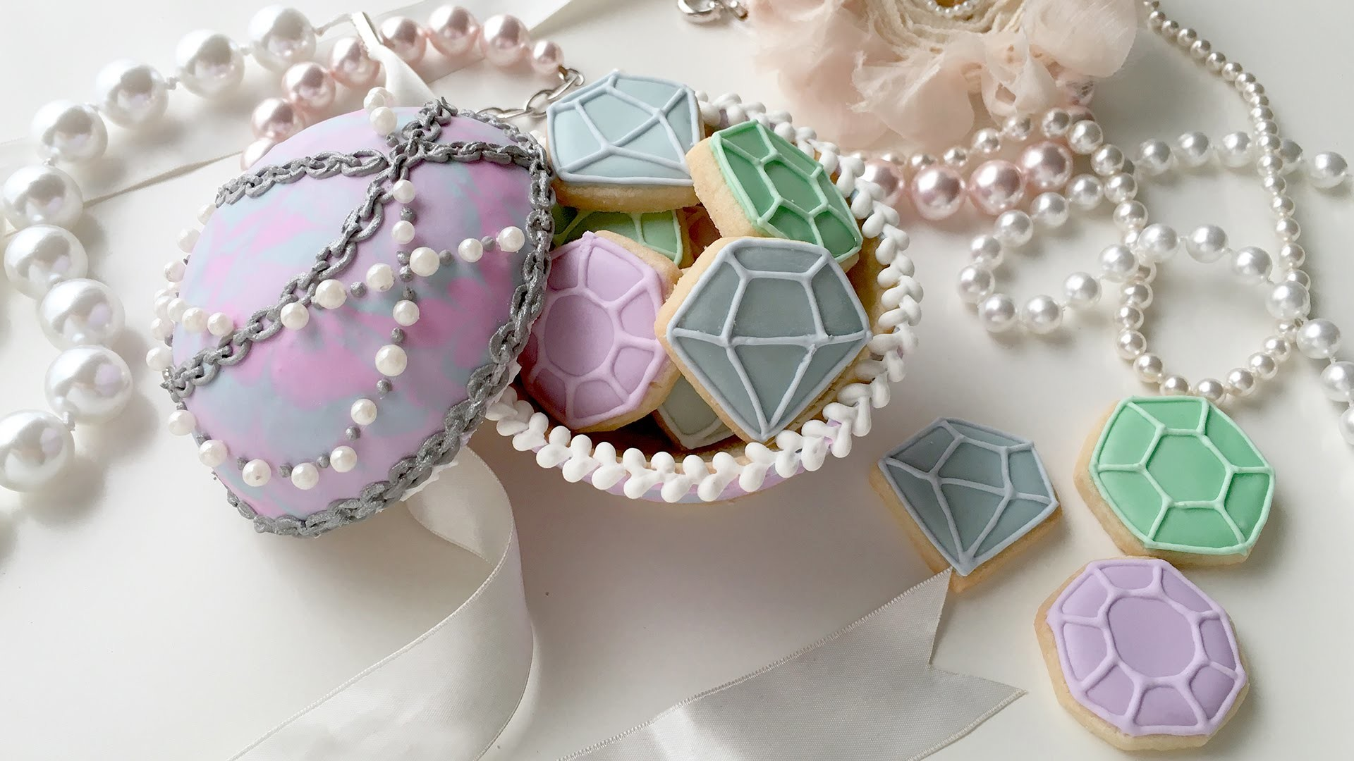 How To Make A Jewelry Cookie Box For Mother's Day with Wilton Decorating Supplies!