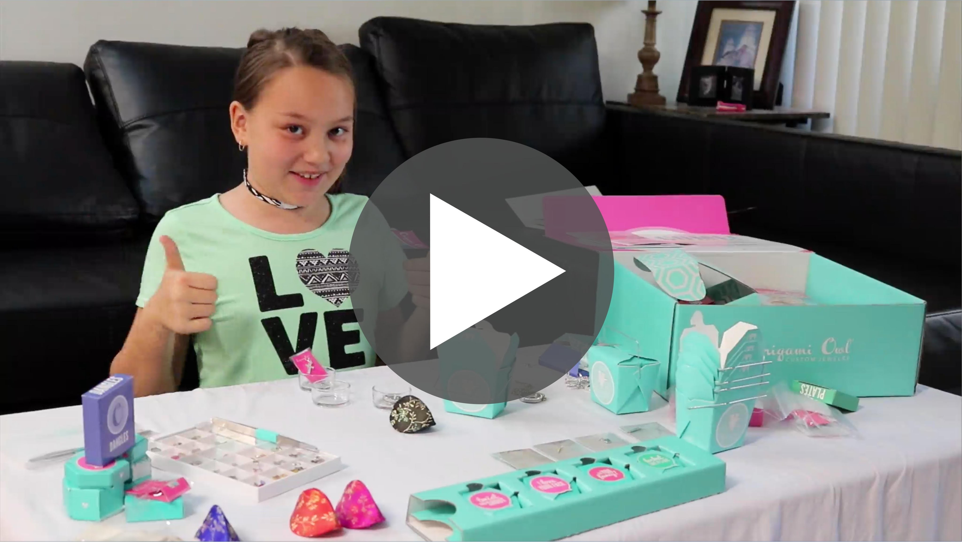 Keila shows how to make a Mother's Day Locket - Jewelry by Lennon: Origami Owl