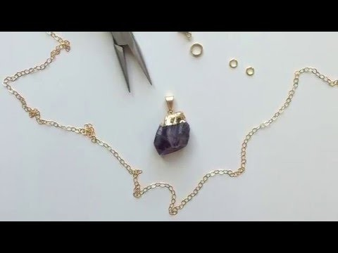 DIY Necklace with Charm in 2 Minutes