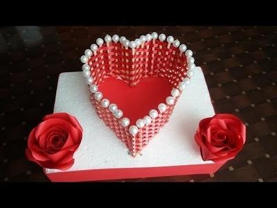 Valentine's Day basket .DIY curly ribbon basket .How to make an heart shaped basket