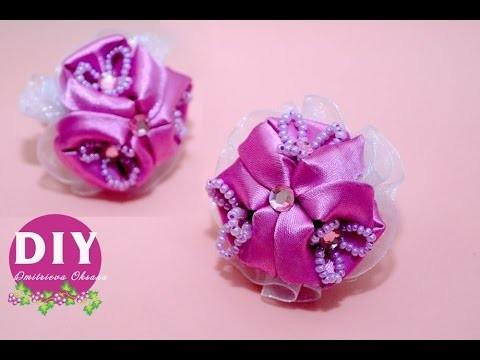 DIY. Needlework. Scrunchy with kanzashi flower of satin ribbons.