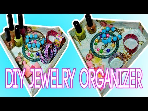 DIY Jewelry Organizer! EASY