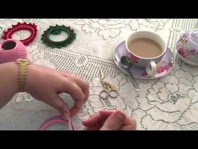 Crochet Wreath Photo Frame Part 2