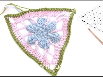 DROPS Crocheting Tutorial: How to work a triangle used in a blanket.