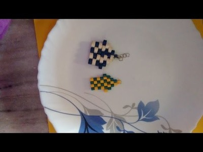 How to make a house shaped keychain with quilling strips