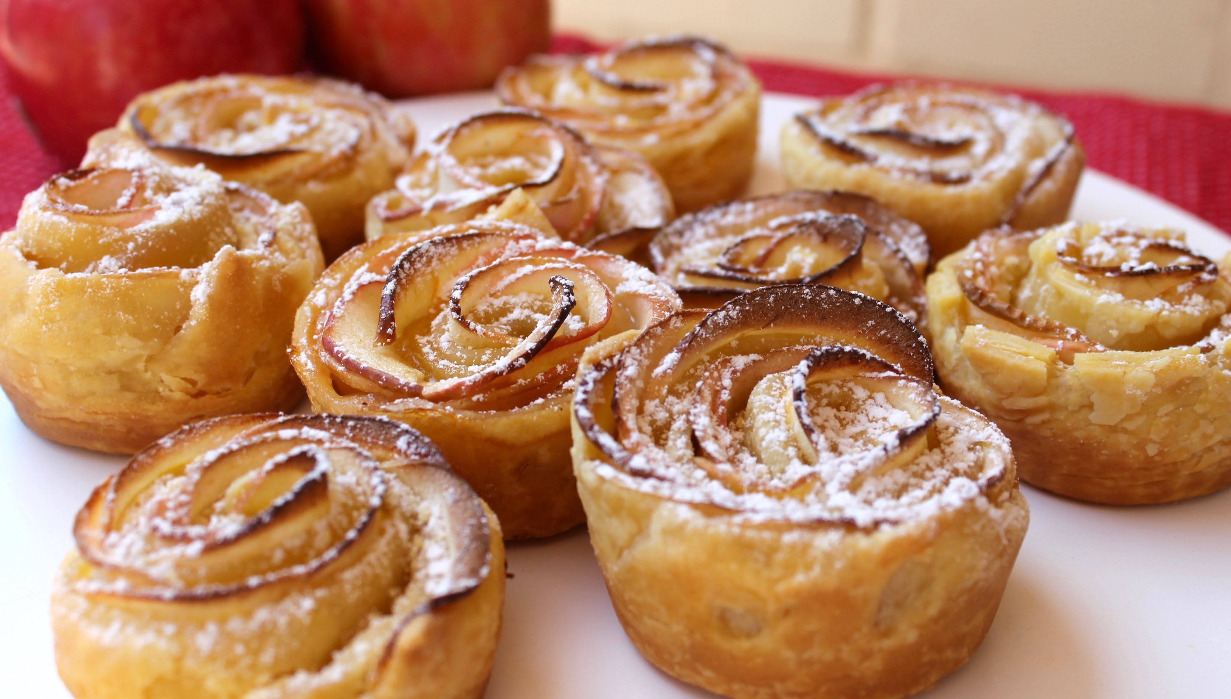 Easy recipe: How to make apple roses with custard filling