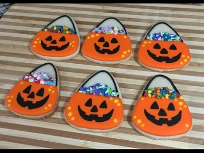 Halloween Pumpkin Candy Bucket Cookies (How To)