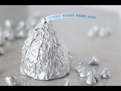 How to make a GIANT Hershey's Kiss with Rice Krispies Treats!