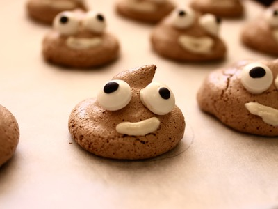 Easy party food recipe: How to make poo emoji meringues