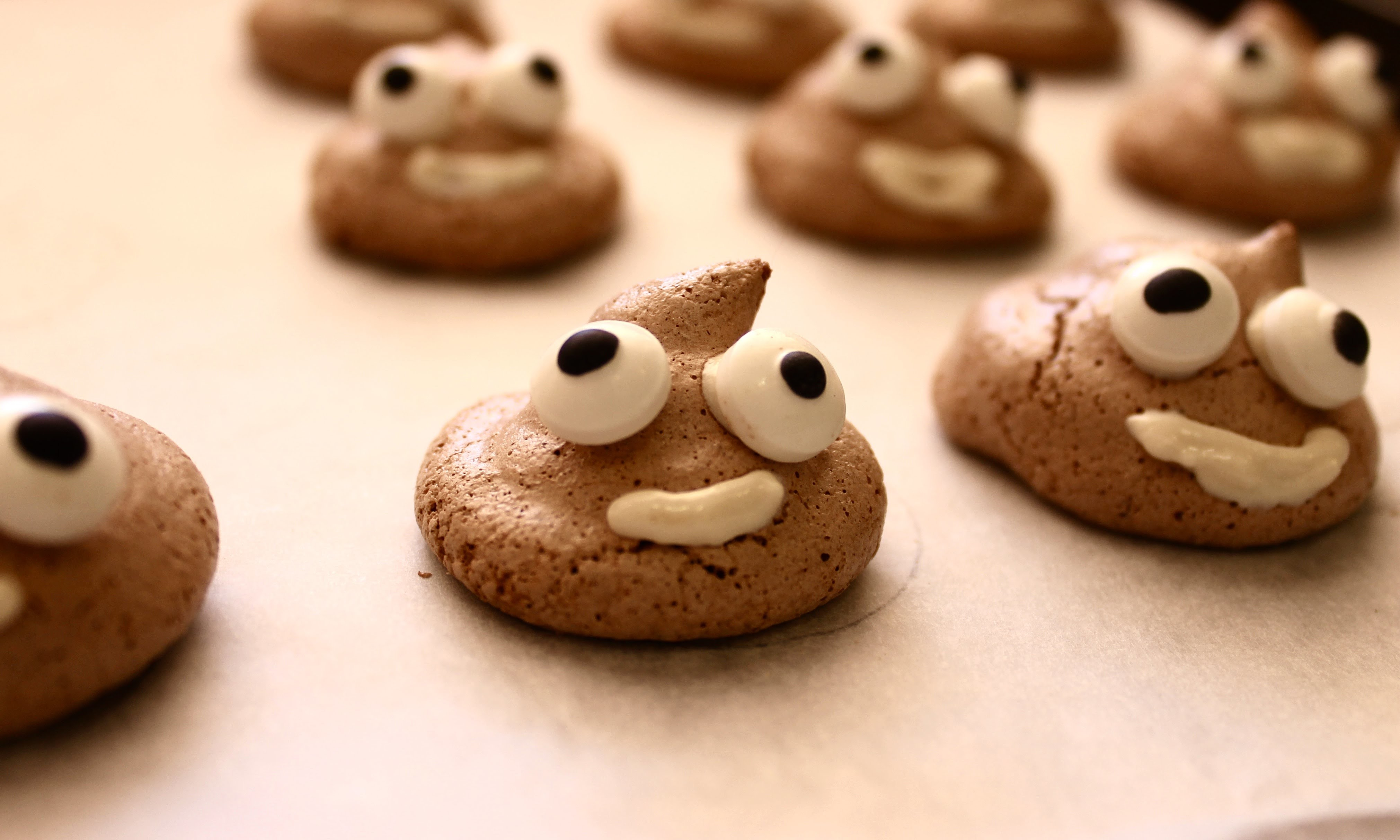 Easy party food recipe: How to make poo emoji meringues