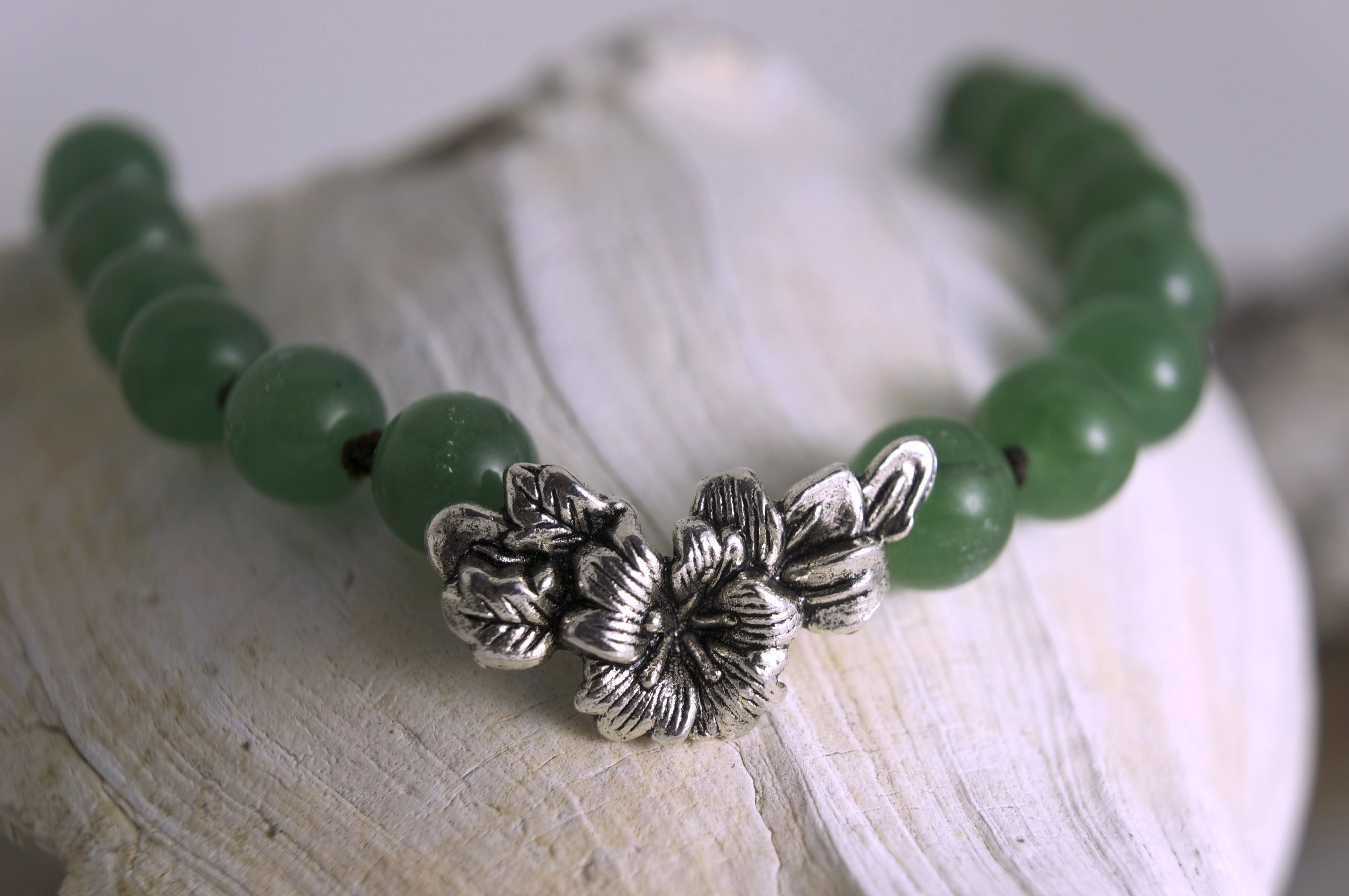 How to knot jade.pearl beads- adjustable sliding necklace