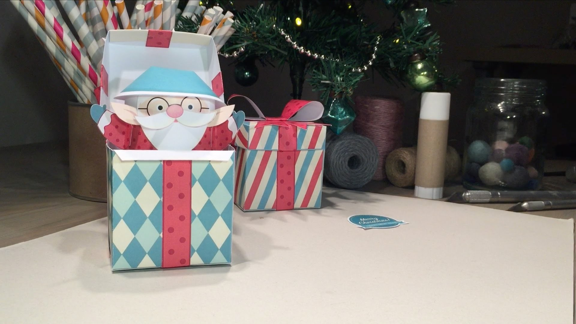 How to make a pop-up Santa in a box - papercraft activity