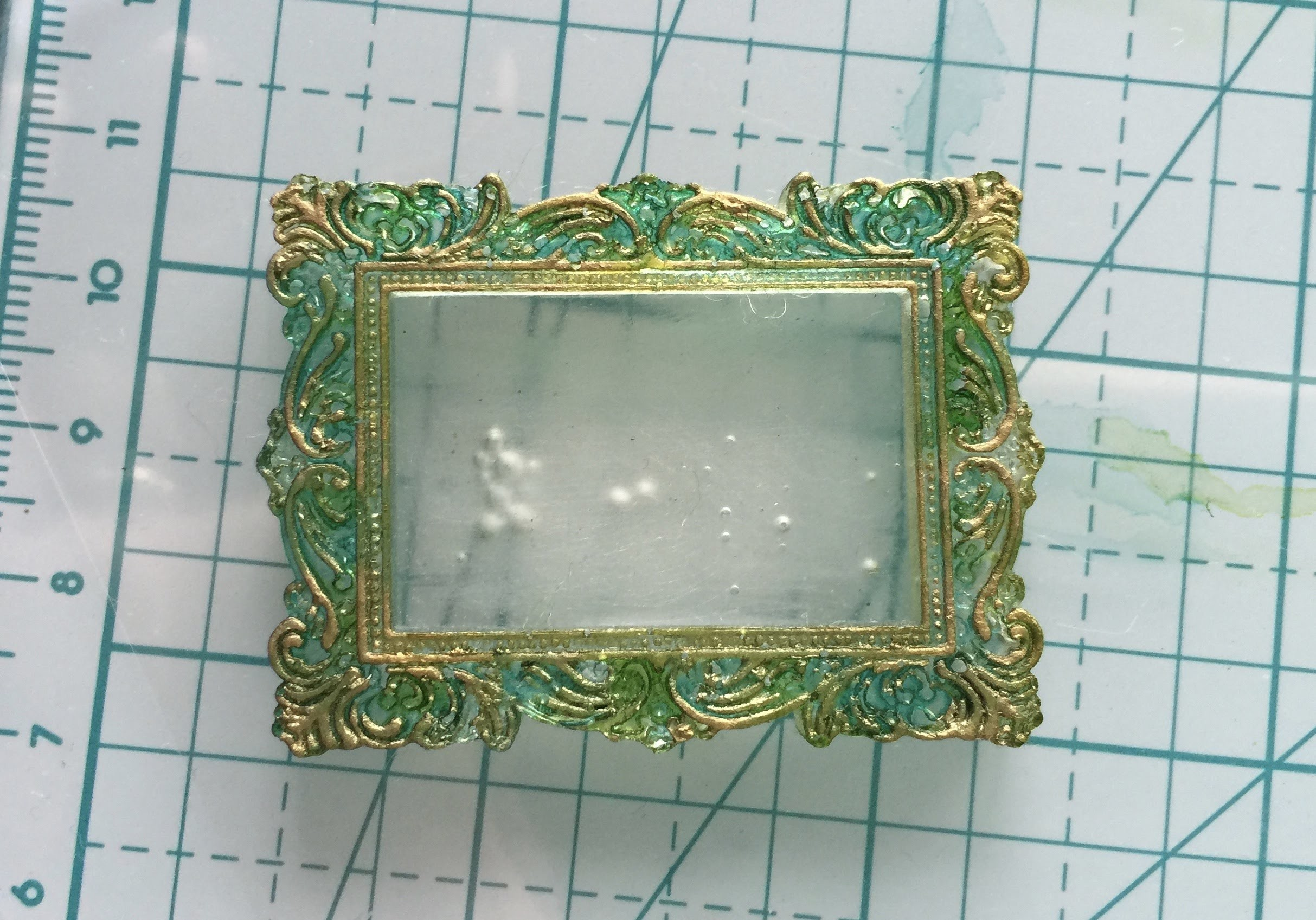 How to make a resin frame (basic)