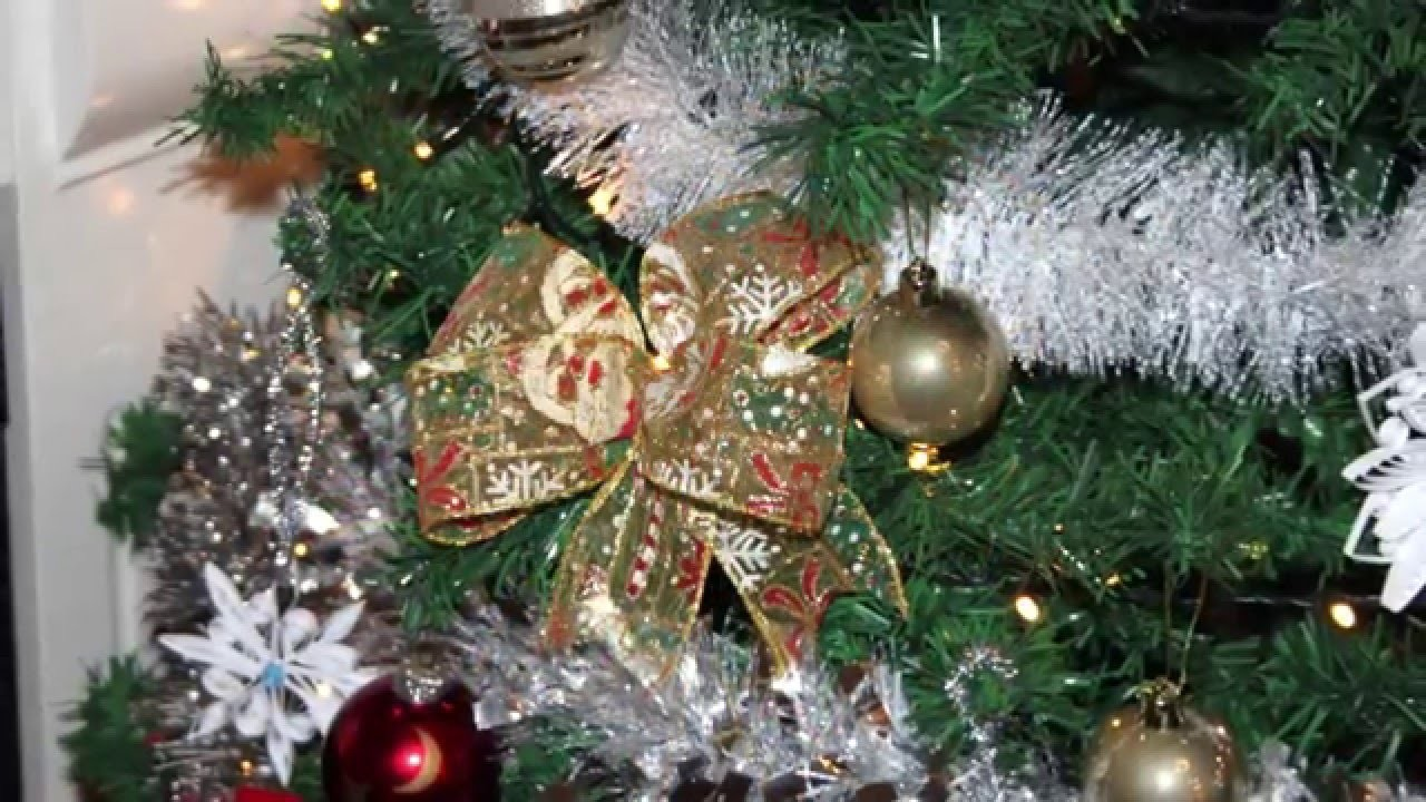 How to make decorative bow for Christmas tree in a very simple way