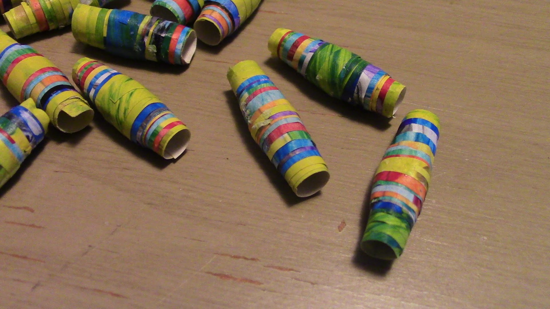 history of paper beads Paper into beads makes uniques jewelry pieces my paper bead adventure began in 2008 my sister joann and i wanted to help a few children with much needed school supplies, and we wanted to help housewives make a little money on the side.
