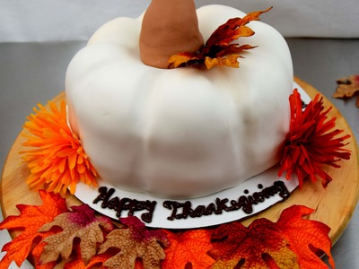 How To Carve A 3D Fondant Pumpkin Cake | Holiday & Thanksgiving Dessert