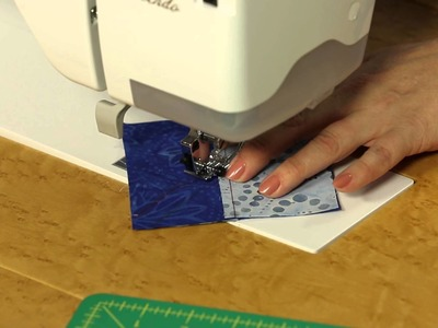 How to Make Quilting Quickly's Divergent Pinwheel Quilt Block