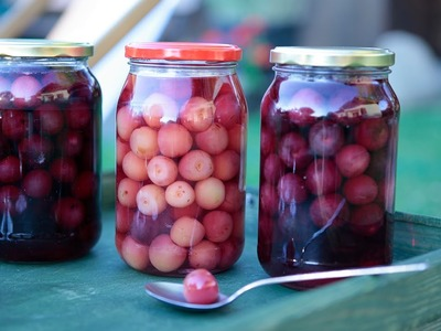 How to Preserve Cherries