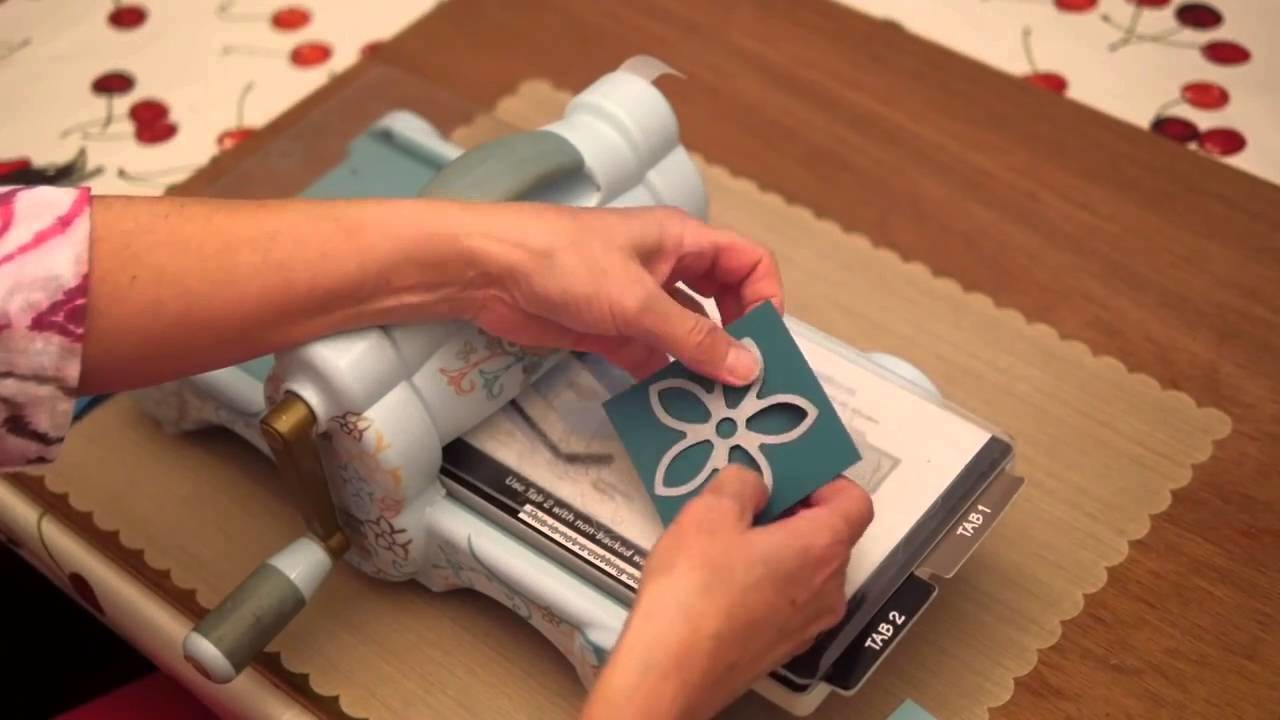 How to use the Dies from Elizabeth Craft Designs