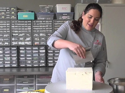 How to Cold Carve a Square Cake