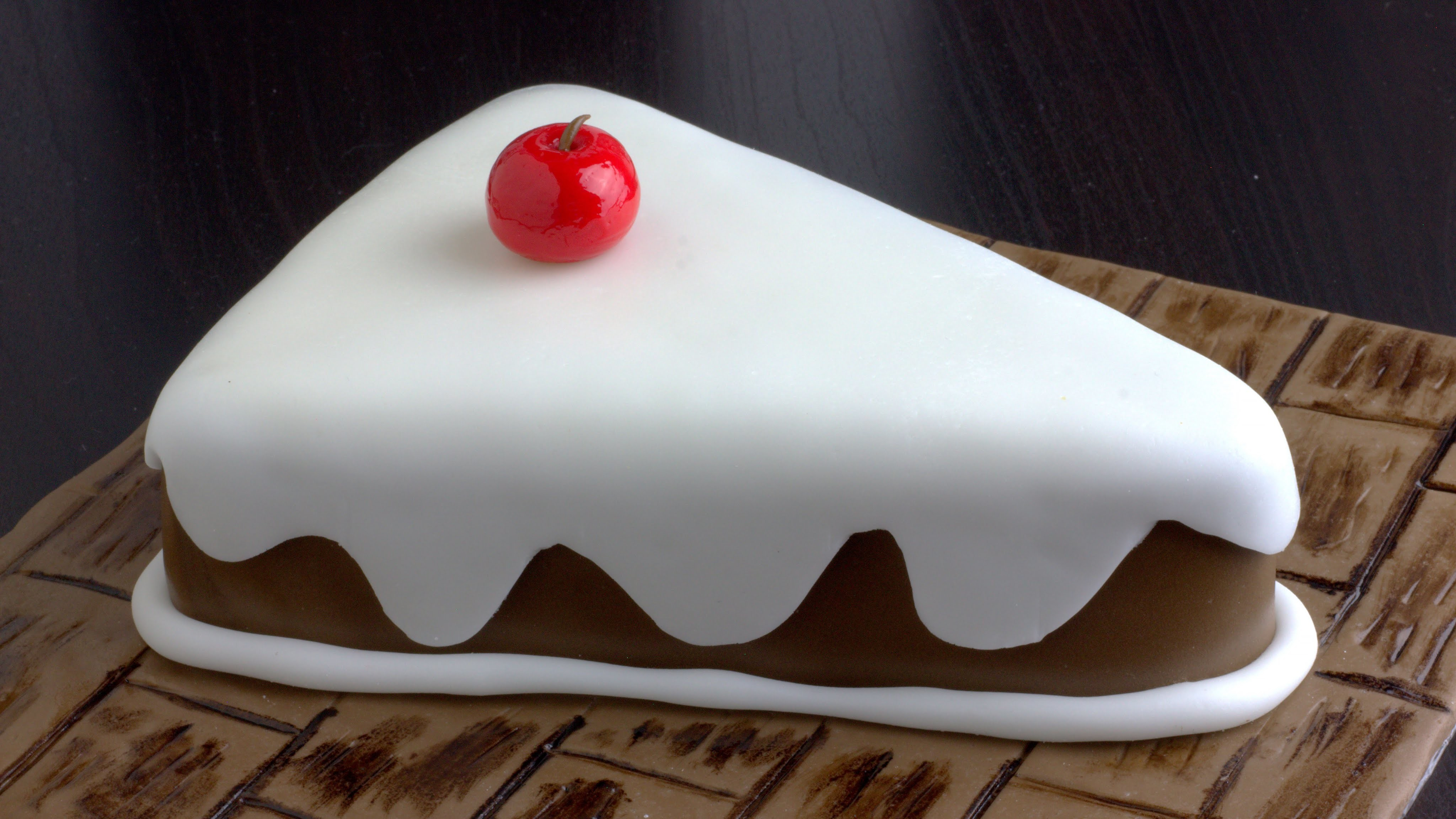 How to Make a Beautiful Fondant Cake Slice | HappyFoods