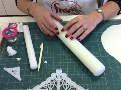 How to make a Fondant.Gumpaste Princess Tiara using the FMM Tiara Cutter designed by Ceri Badham