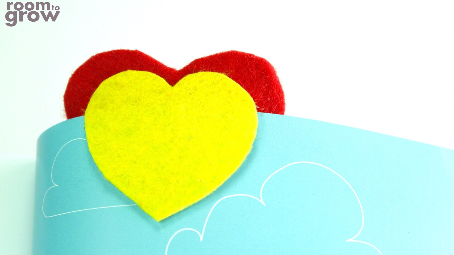 How to make a Heart Bookmark for a Valentine's Day gift