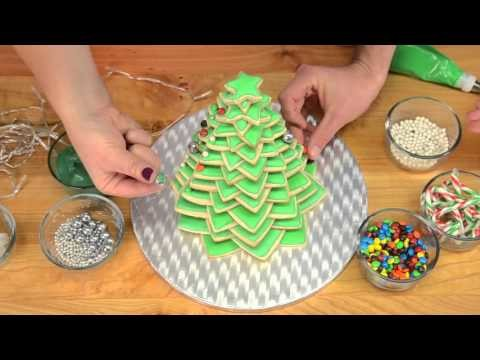 Sugar Cookie Christmas tree and How to Make a Fondant Bow and Fondant Gift