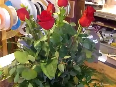 How to make a Dozen roses in a vase