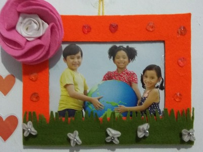 DIY photo frame ideas from cardboard and fabric
