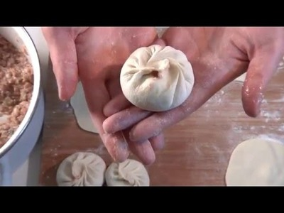 How to make baozi(Chinese steamed meat buns)
