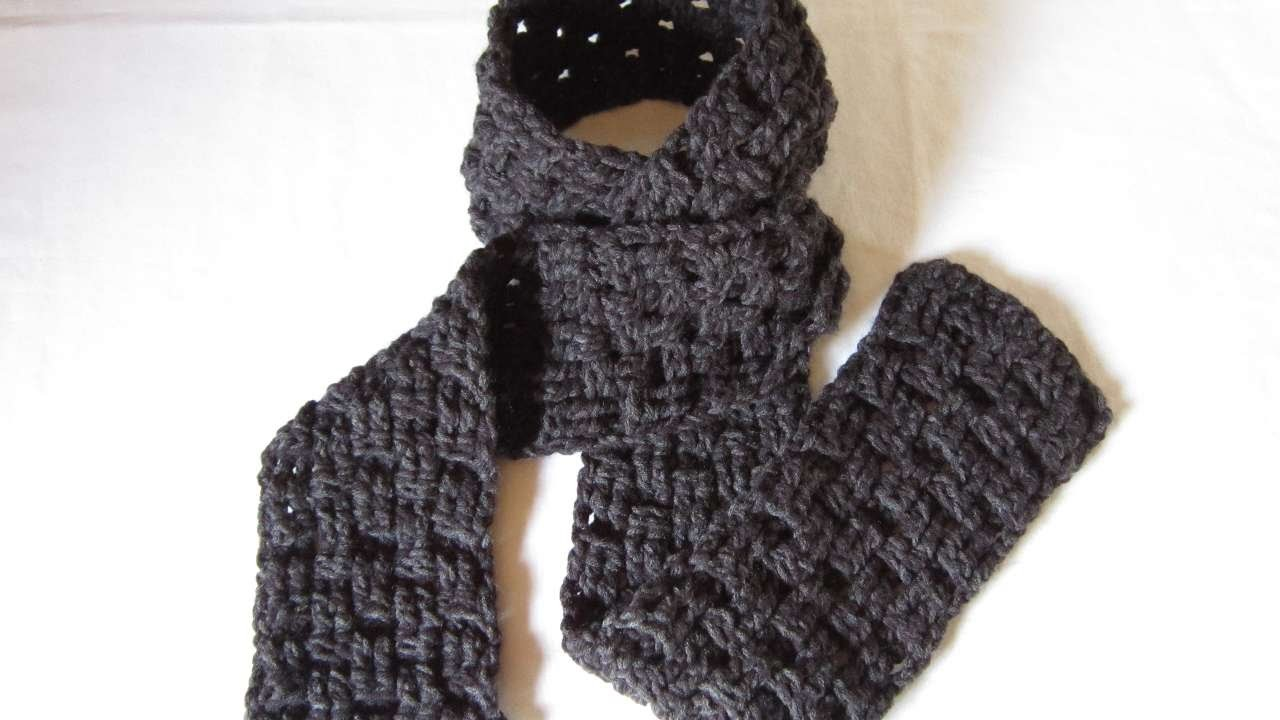 How To Crochet A Warm Basket Weave Scarf - DIY Crafts Tutorial - Guidecentral