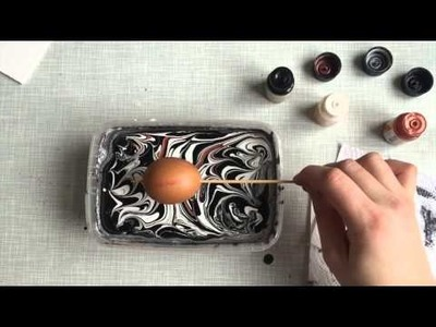 How to: DIY marbled eggs for easter