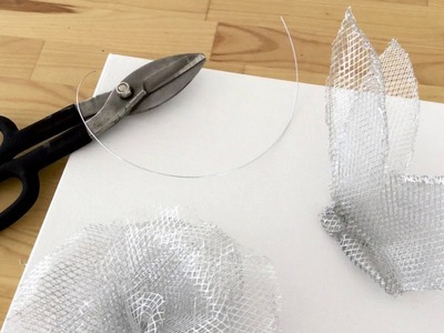 How To: Make a Wire Mesh Wall Sculpture
