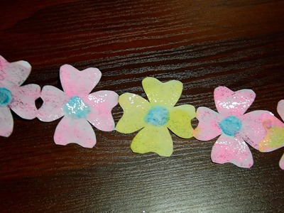 How to make a Beautiful Flowers garlands of paper with their hands