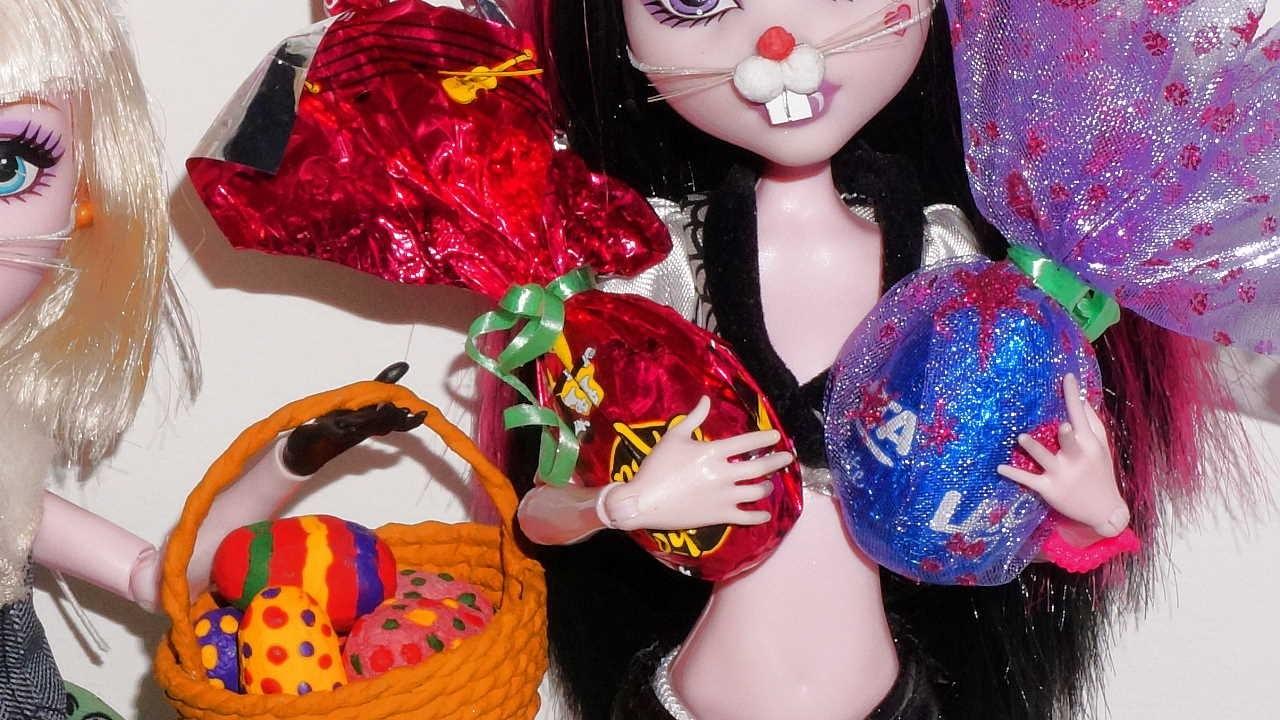 How to make a doll Easter Egg for Barbie, Monster High, Frozen.