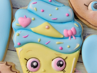 Shopkins Cookies - How to make a Shopkins Cupcake Cookie by Emma's Sweets