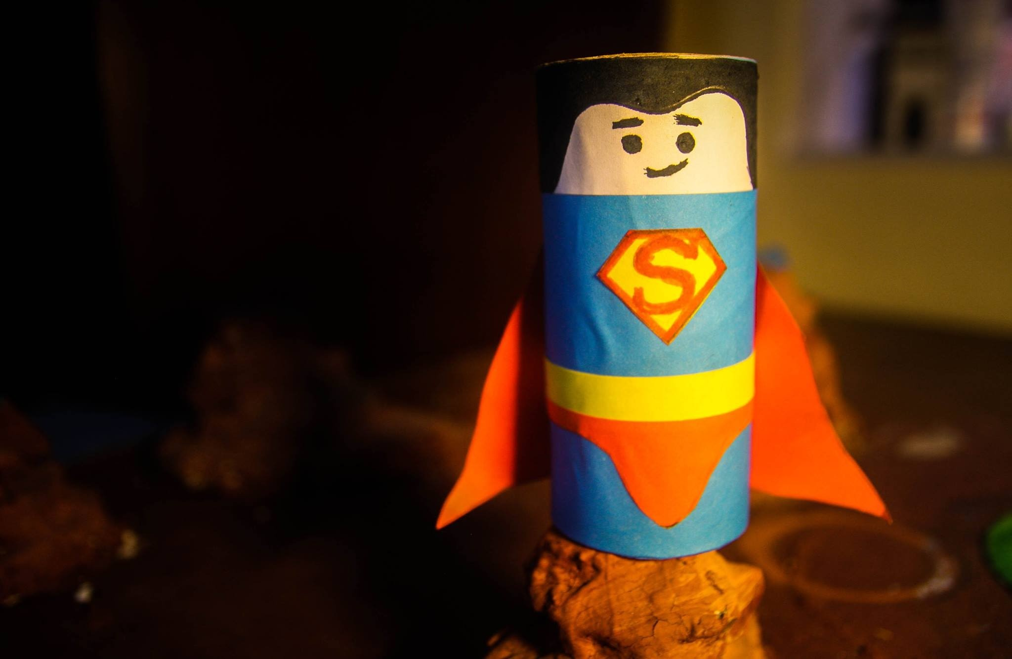 DIY - Superman Crafts For Kids Using Recycled Toilet Paper Rolls