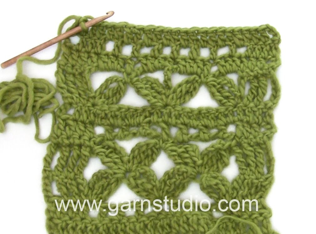DROPS Crocheting Tutorial: How to work after chart A.1, A.2 and A.3 in DROPS 167-19.