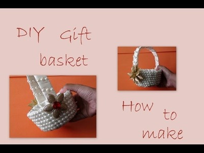 How to make a decorative gift basket
