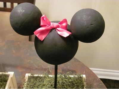 Easy DIY Minnie Mouse Centrepiece