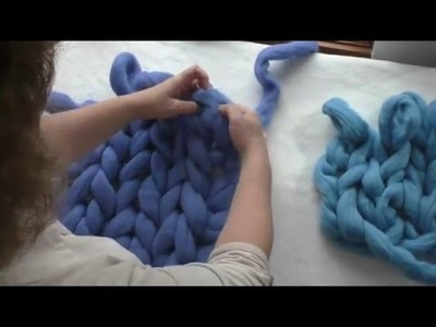 How to Arm Knit With Merino Wool Tutorial