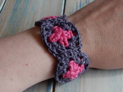 How to Crochet a Mini Granny Square Bracelet