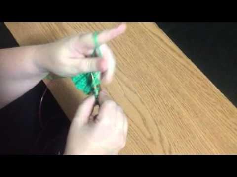 Thumb purling - Continental knitting
