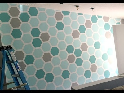 HOW TO:  PAINT A HEXAGON SHAPED HONEYCOMB ACCENT WALL