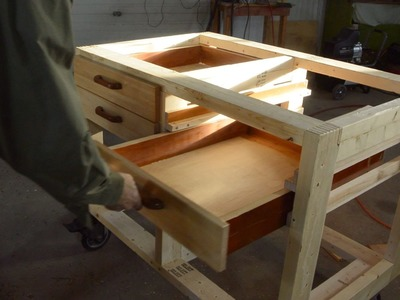 Making drawers for the workbench