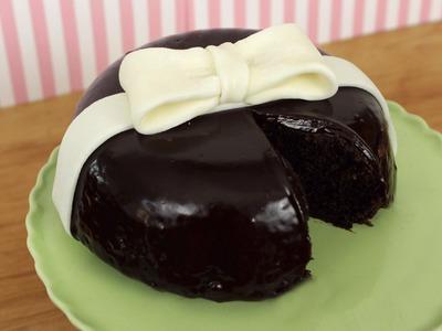 How to Make a Chocolate Ganache Bow Cake!