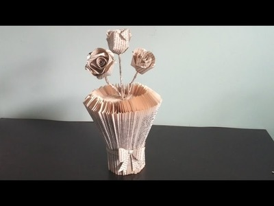 Don't trow away  your old books ! Use them for making a beautiful vase